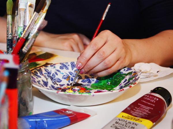 Malkurs in den Ferien für Kinder und Jugendliche: Lerne Acrylmalerei kennen